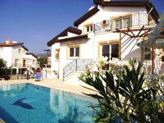 Sunny Villa with A/C and Television - Tatlisu vacation rentals