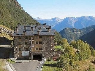 1 bedroom Apartment with Satellite Or Cable TV in Arinsal - Arinsal vacation rentals