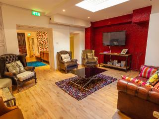 Bute107 Cardiff Bay 22 share - Cardiff vacation rentals