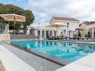 Villa Sea Side Drvenik with pool by the sea - Veliki Drvenik vacation rentals