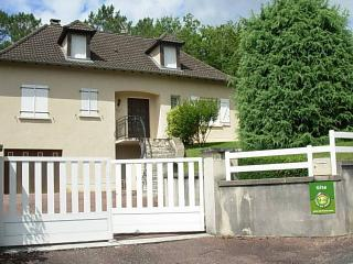 Nice Gite with Internet Access and A/C - Cublac vacation rentals