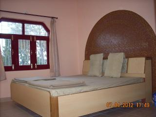 Cozy 2 bedroom Bhowali Cottage with Short Breaks Allowed - Bhowali vacation rentals