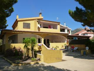 Nice Villa with Dishwasher and A/C - Solanas vacation rentals