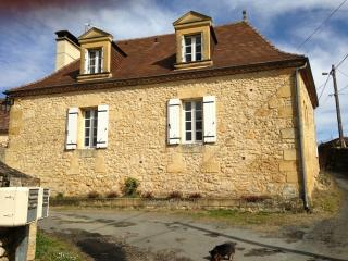 Nice Gite with Internet Access and Dishwasher - Lalinde vacation rentals