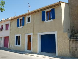 Cozy 3 bedroom Capestang House with Internet Access - Capestang vacation rentals