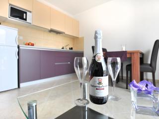California apartments - 02 - Dubrovnik vacation rentals