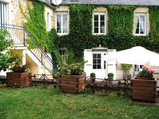 1 bedroom Gite with Internet Access in Caen - Caen vacation rentals