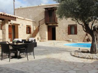 Lovely House with Internet Access and A/C - Mesa Chorio vacation rentals