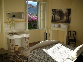 4 bedroom House with Internet Access in Prades - Prades vacation rentals
