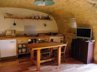 Cozy 2 bedroom Gite in Saint-Bauzile with Internet Access - Saint-Bauzile vacation rentals