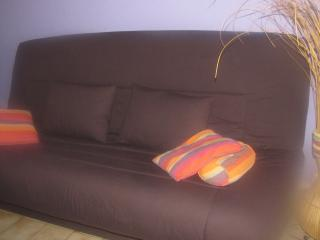 Nice Studio with Internet Access and A/C - Perpignan vacation rentals