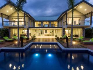 Spacious Villa with Internet Access and A/C - Nadi vacation rentals