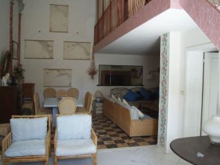 Bright 4 bedroom Condo in Donoratico - Donoratico vacation rentals