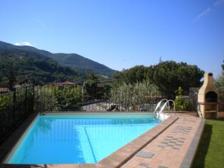 House with pool in Tuscany - Arezzo vacation rentals