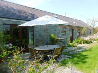 3 bedroom Barn with Internet Access in Manorbier - Manorbier vacation rentals