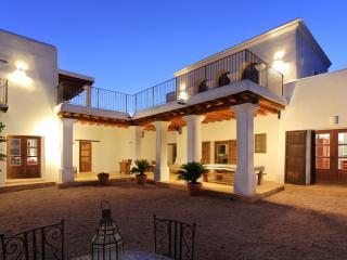 Can Jordi - San Lorenzo vacation rentals