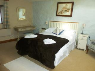 Cozy 3 bedroom Barn in Manorbier with Internet Access - Manorbier vacation rentals