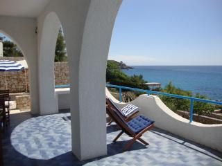 Beautiful Villa with Internet Access and Dishwasher - Castro vacation rentals