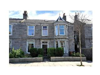 3 bedroom Condo with Internet Access in Aberdeen - Aberdeen vacation rentals