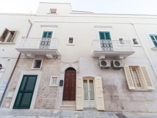 Nice B&B with Internet Access and Dishwasher - Polignano a Mare vacation rentals