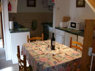 2 bedroom Cottage with Garden in Trearddur Bay - Trearddur Bay vacation rentals
