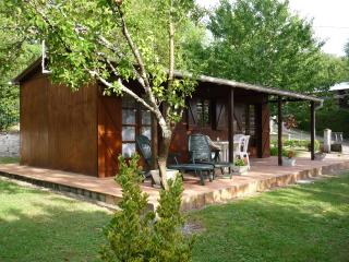 Nice Chalet with Television and Microwave - Vouneuil-sur-Vienne vacation rentals