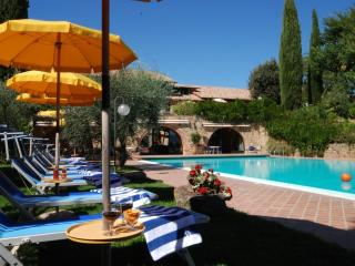 Nice B&B with Internet Access and Garden - Bagno Vignoni vacation rentals
