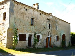 Cozy 3 bedroom House in Monsegur (Gironde) with Internet Access - Monsegur (Gironde) vacation rentals