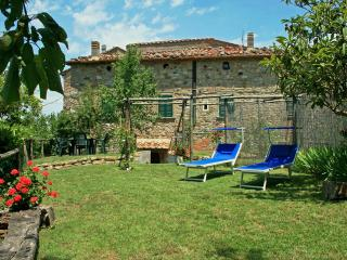 Charming 3 bedroom House in Montecastelli Pisano - Montecastelli Pisano vacation rentals