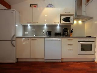Saint Chinian Holiday Apartment - Saint-Chinian vacation rentals