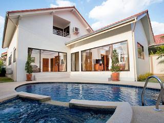 Tropical Villa Vacations Jomtien - Pattaya vacation rentals