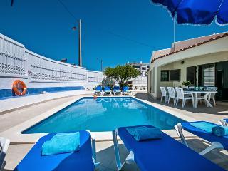 Casa Julio, Albufeira, Algarve - Albufeira vacation rentals