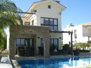 Perfect 4 bedroom Villa in Sotira - Sotira vacation rentals