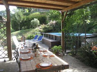 3 bedroom Tuscan villa in medieval village of Sillico with lovely private swimming pool and terrace - Pieve Fosciana vacation rentals