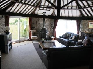 3 bedroom Barn with Internet Access in Widemouth Bay - Widemouth Bay vacation rentals