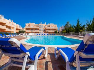 Casa Rhojo poolside apartment & free wi fi - Tavira vacation rentals