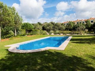 Charming Villa with Internet Access and Central Heating - Cascais vacation rentals