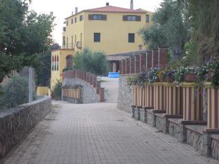 3 bedroom Finca with Internet Access in Cetraro - Cetraro vacation rentals