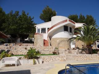Sunny Villa with Internet Access and A/C - Calpe vacation rentals
