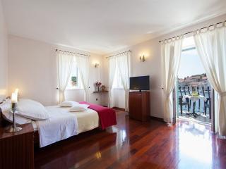 Villa Slika, BARBARA - Cove Makarac (Milna) vacation rentals
