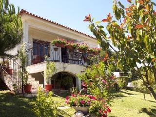 Casa Miragem -- beach 2 km - Lisbon vacation rentals
