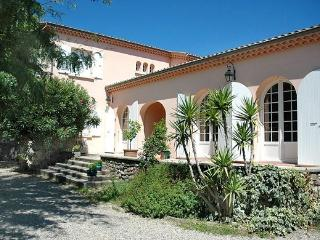 Perfect Villa with DVD Player and Satellite Or Cable TV - Montelimar vacation rentals