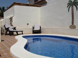 Charming Villa with Internet Access and Satellite Or Cable TV - Fuente alamo de Murcia vacation rentals