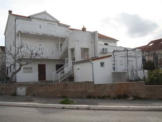 Romantic house Vinka with 2 apartments. - Supetar vacation rentals