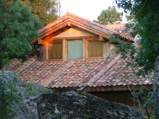 Cozy Cottage with Television and Microwave - Ortigosa del Monte vacation rentals