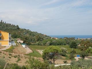 Bright 1 bedroom San Marco di Castellabate House with Deck - San Marco di Castellabate vacation rentals