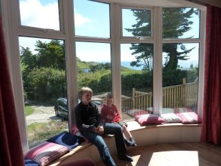 Nice Bungalow with Deck and Satellite Or Cable TV - Osmington Mills vacation rentals