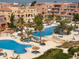 Limnaria Gardens 2 Bed Apt - Paphos vacation rentals