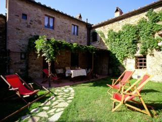 2 bedroom Apartment with Grill in Tavarnelle Val di Pesa - Tavarnelle Val di Pesa vacation rentals