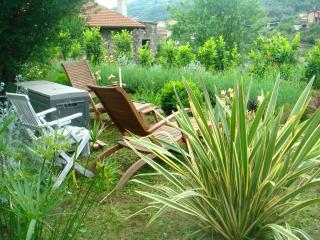 Comfortable 2 bedroom Dolceacqua Condo with Internet Access - Dolceacqua vacation rentals